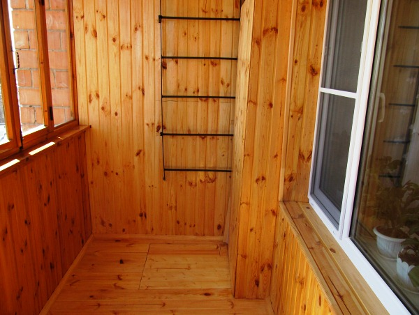отделка балкона вагонкой фото