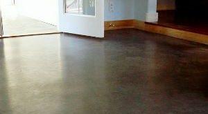 как сделать бетонную стяжку своими руками